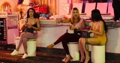 Pattaya Evening Scene's with Isaan Pop Huge title