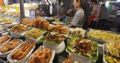 Street Meals in Bangkok, Thailand. Finest Stalls of 'Camping Floor' Street Meals Location