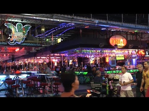 "Thailand – Pattaya ""Strolling Avenue 7.00 pm"""