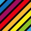 黒が間に入った虹色の斜線パターン