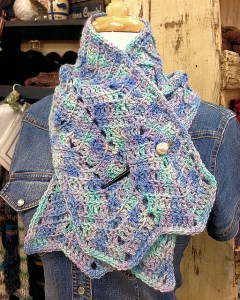 Chevron Rising Collared Cowl Crochet Pattern