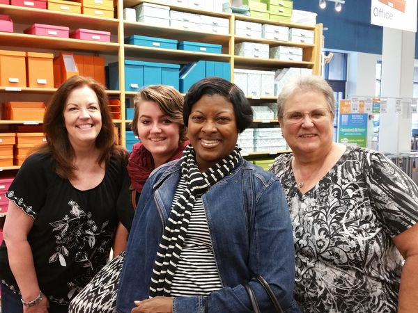 Container-store-group-june-organizing-trip