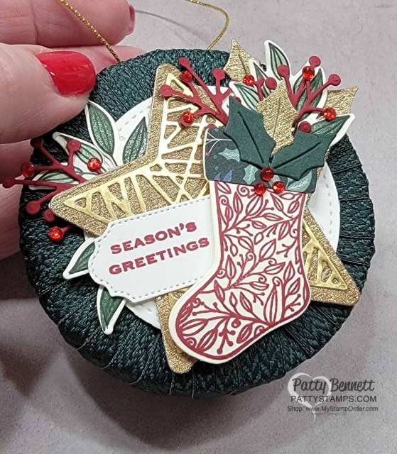 Cute Christmas Wreath Ornament idea with a spool of ribbon and the Stampin' Up! Tidings and Trimmings bundle. DIY Christmas Craft idea!