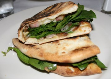 Spinach and pancetta piadine