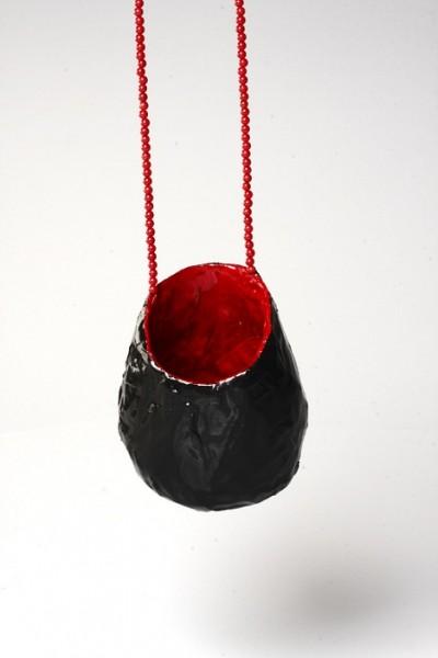 Rallou Katsari - Pendant. Kepping, paper, color.