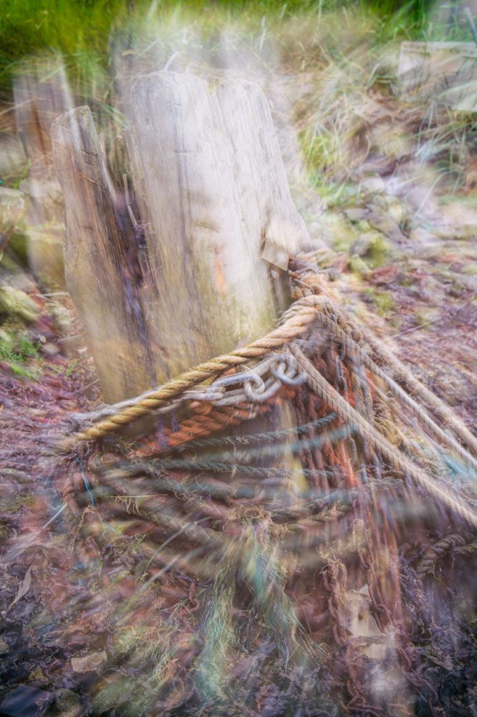 Paddys Hole post and ropes zoom burst