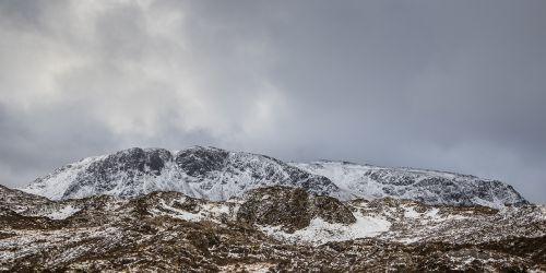 Hills and brackem