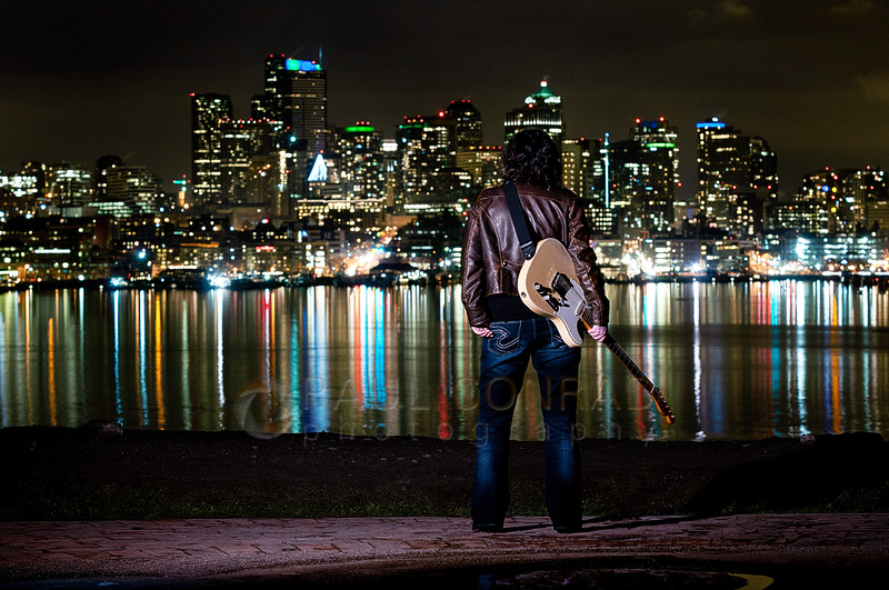 © Paul Conrad/Pablo Conrad Photography - Blues guitarist Jill Newman for her new album at Gasworks Park in Seattle, Wash., on Saturday afternoon Feb. 1, 2014. bellingham wedding photographer, bellingham portrait photogrpaher
