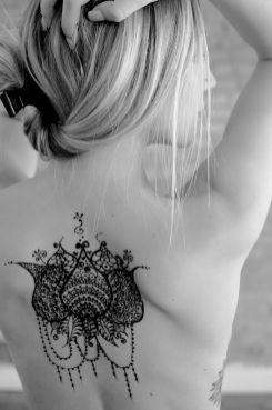Kendra Sunderland, The Library Girl, nude photo, henna art