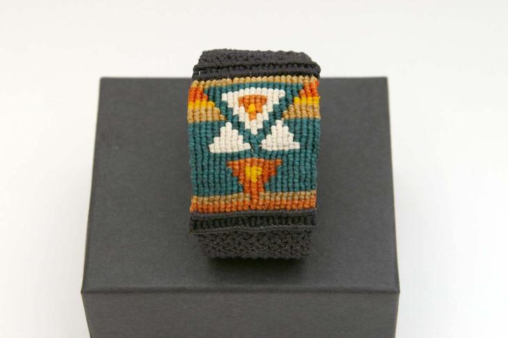 Pauline-Huard-design-textile-stylisme-illustration-graphisme-ANUDA-bracelet-4