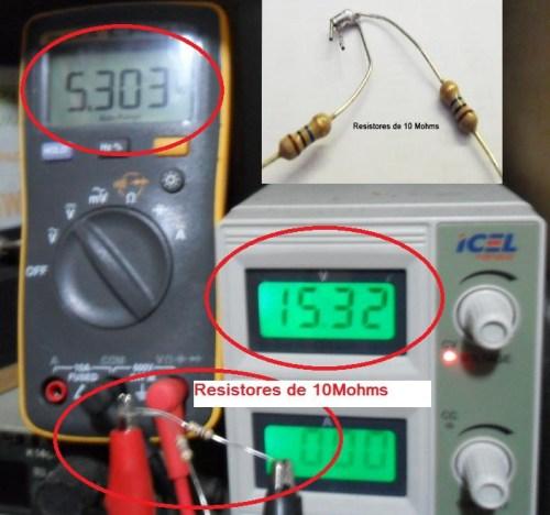 Tensão com resistores de 10M 2