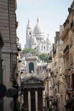 frankrijk-parijs-sacre-couer-met-steeg