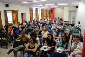 En Acciòn Educativa, las tareas de educaciòn popular se conjugan con las capacitaciones y con el fortalecimiento de las organizaciones.