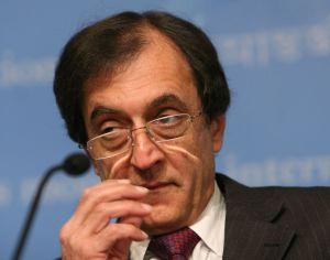 El economista del FMI que era recibido como un virrey, Anoop Singh.