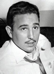 Fidel Castro, en los timbales.