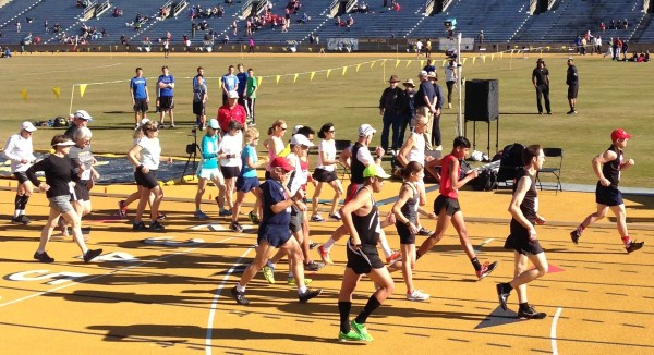 Start of the PA-USATF 1-mile RW Championships, 2015-01-14, UC Berkeley