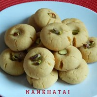 Nankhatai Recipe | Easy Eggless Nankhatai Recipe