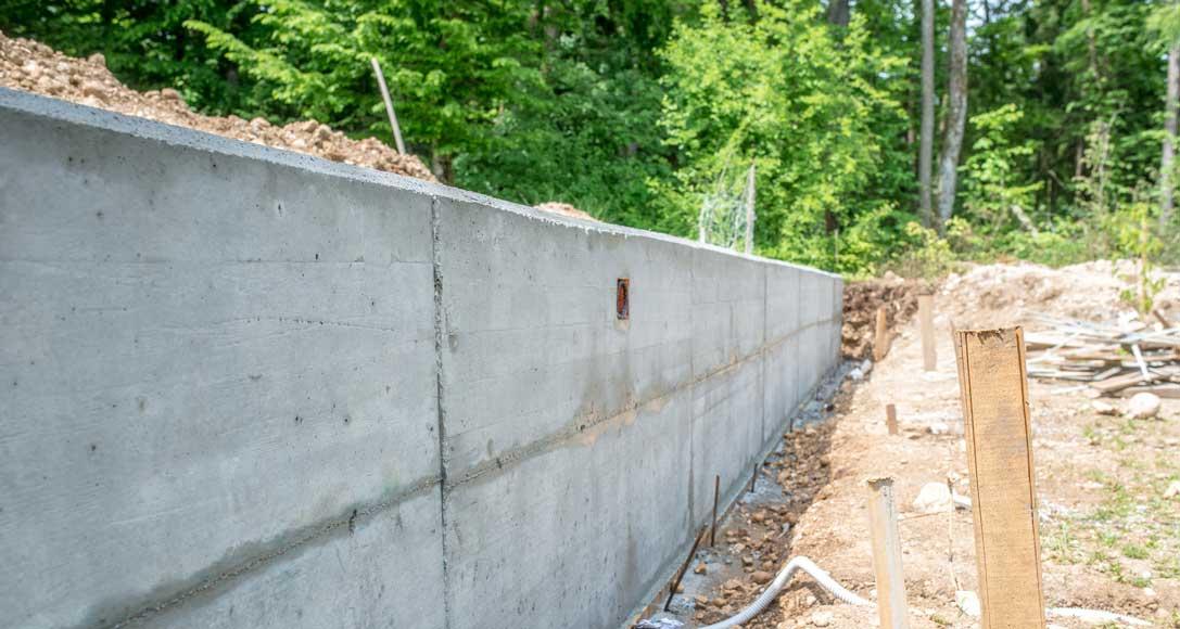 comment faire la fondation d un mur en parpaing pavebeton