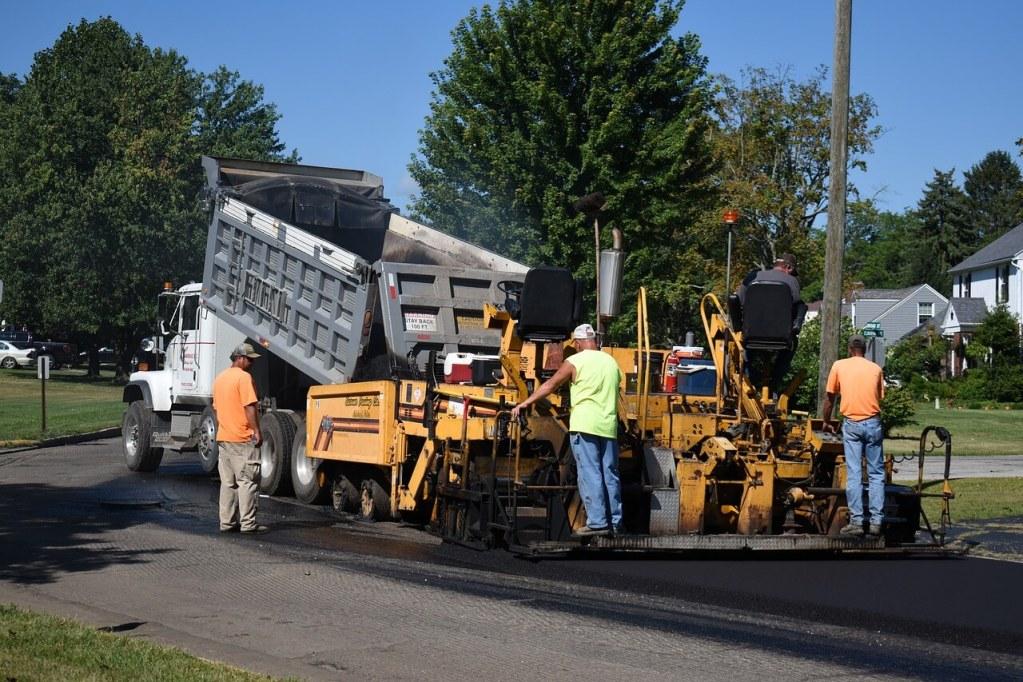 commercial asphalt contractors