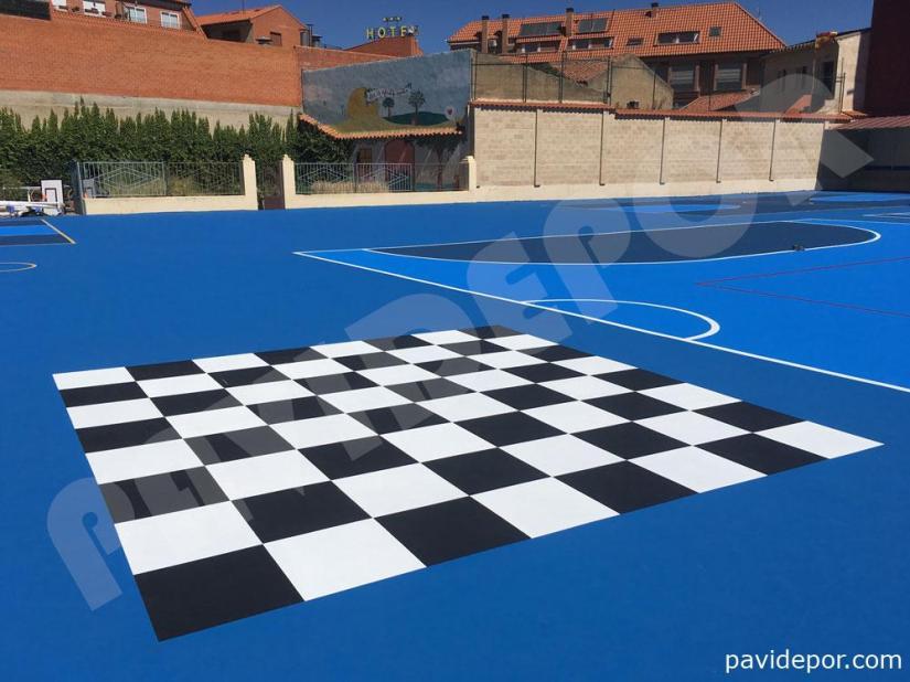 Dibujo ajedrez pavimento colegio San Vicente de Paul, de Benavente, Zamora