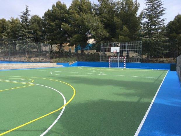 Pavimento deportivo de hormigón poroso SportQuick para pistas polideportivas