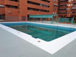 hormigón poroso piscina