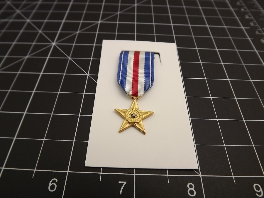 "SILVER STAR ""MINI"" MEDAL US ARMY MARINES NAVY AIR FORCE USCG RIBBON 2-1/4"" 2"