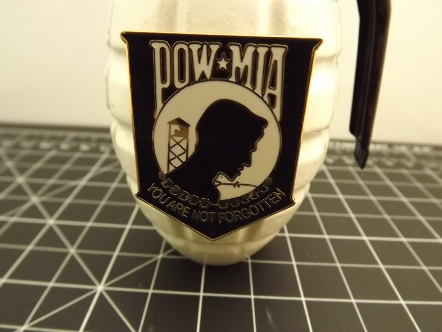 WHITE FULL-SIZE PINEAPPLE REPLICA GRENADE POW-MIA COMMEMORATIVE  WWII- KOREA-VIETNAM PAPER WEIGHT 2