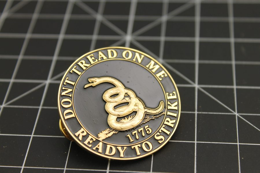 """DON'T TREAD ON ME"" READY TO STRIKE 1775 1.5"" BRAND NEW Lapel Pin Large-Size Enameled Guaranteed for Life 1"