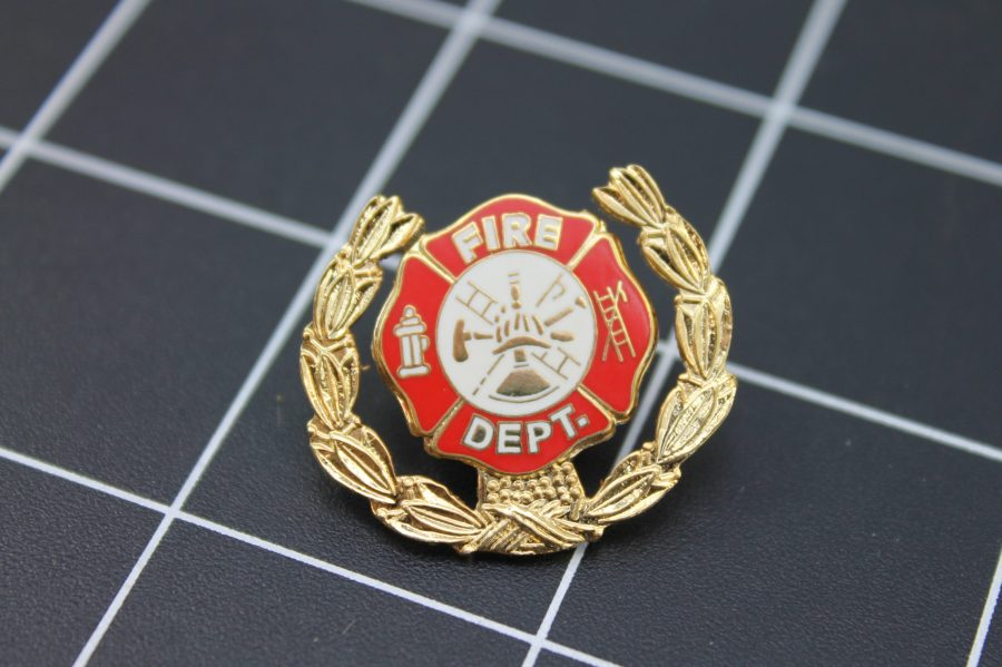 Brand-New FIRE DEPARTMENT WITH WREATH Fireman Enameled Lapel Pin Lifetime Guarantee 1