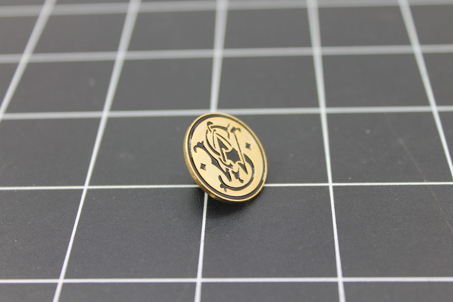 Brand New Lapel Pin SMITH & WESSON LIFETIME GUARANTEE ENAMELED GOLD TONE BLACK ENAMEL 2