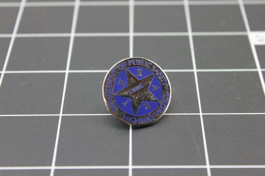 TEXAS DEPARTMENT OF PUBLIC SAFETY HIGHWAY PATROL SILVER & BLUE LAPEL PIN 2