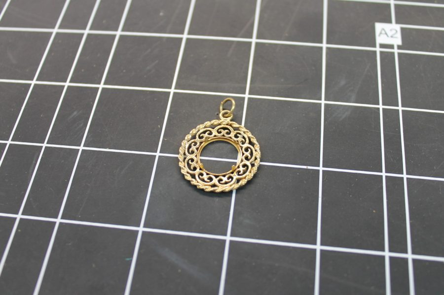 14KT YELLOW GOLD ROUND ROPE DESIGN COIN BEZEL PENDANT 3.2GRAMS 2