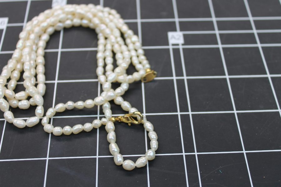 VINTAGE GOLD TONE FRESHWATER PEARL 3 STRAND NECKLACE 3
