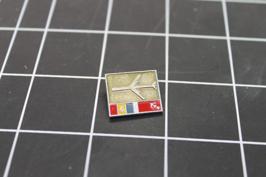 VINTAGE ANTIQUE MILITARY AIRPLANE RUSSIA USSR ENAMEL LAPEL PIN 1