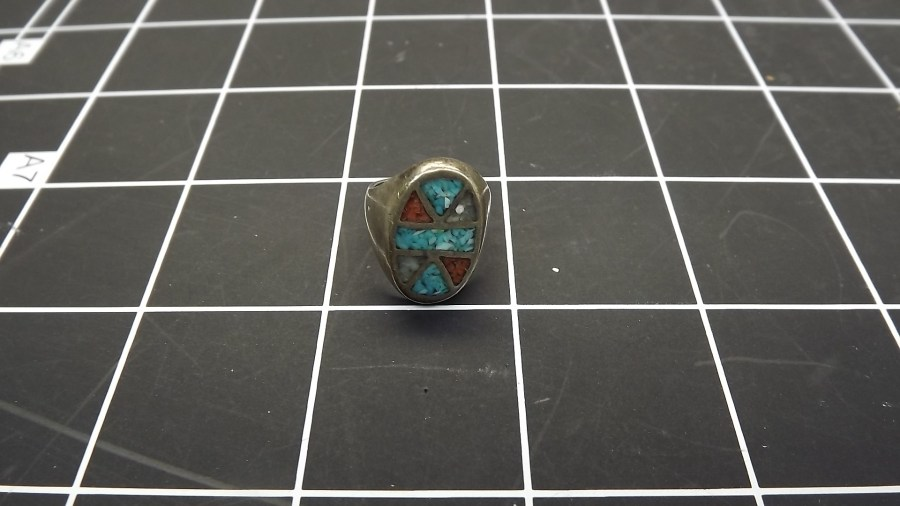 VINTAGE SILVER TONE TURQUOISE & CORAL INLAY RING SIZE 4 1/2 1