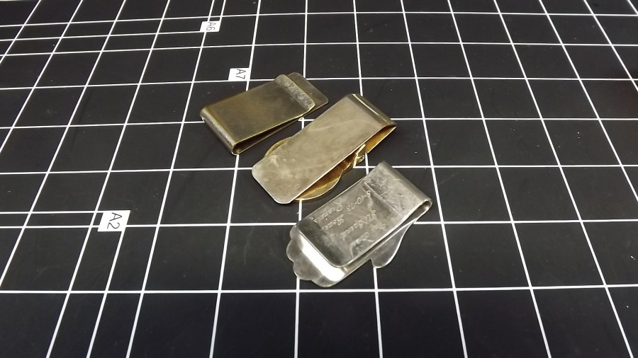 3 VINTAGE ENGRAVED MONEY CLIPS GOLD TONE & SILVER TONE 2
