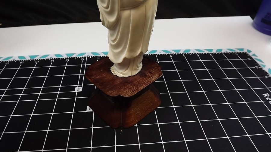 ANTIQUE VINTAGE HAND CARVED IVORY LUCKY BUDDAH FIGURINE 4