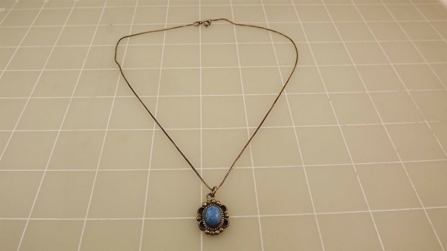 "Sterling Silver 925 Turquoise Pendant On Box Neck Chain 4.1 Grams 16"" 1"