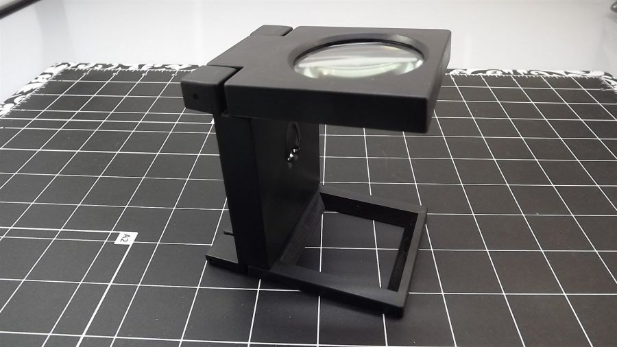 """3x / 2"""" Illuminated Folding Magnifier with Built in Ruler on Base, Glass Lens 1"""