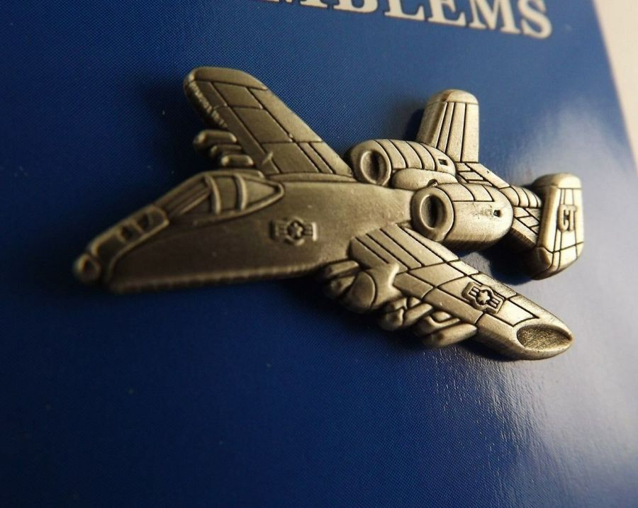 "BRAND NEW Lapel Pin Airplane A-10 Warthog THUNDERBOLT Pewter 1 1/2"" 1"