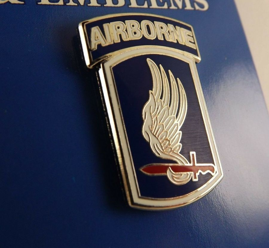 """BRAND NEW Lapel Pin United States Army 173RD Airborne Division Blue Enamel 1"""" 1"""
