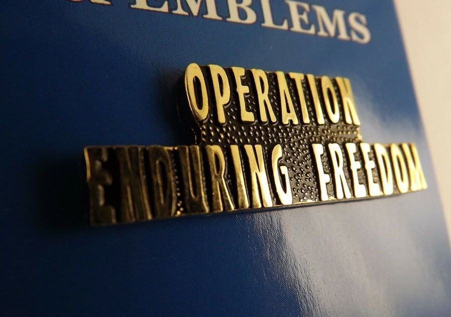 """BRAND NEW Lapel Pin OPERATION ENDURING FREEDOM Letters Gold Tone Script 1 1/2"""" 1"""