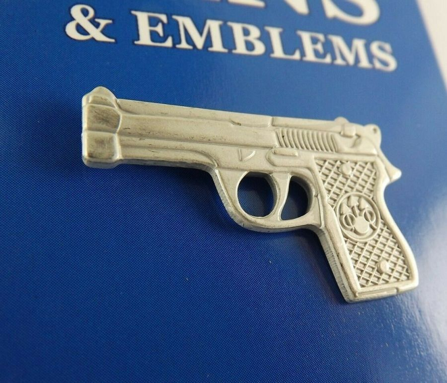 "BRAND NEW BERETTA Lapel Pin Pewter Gun 45-9MM Caliber Pistol Hand Gun 1 1/8"" 1"