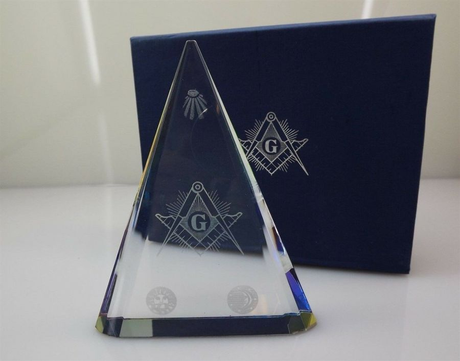 Brand New In Box CRYSTAL Laser Etched MASONIC Freemason Paperweight 1