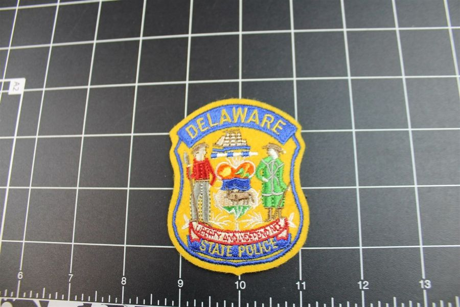 """""""DELAWARE"""" STATE POLICE PATCH BRAND NEW 1"""