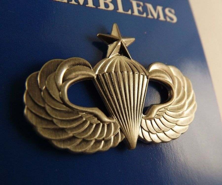 """BRAND NEW Lapel Pin US Army Senior Paratrooper Wings Pewter 1 1/4"""" 1"""