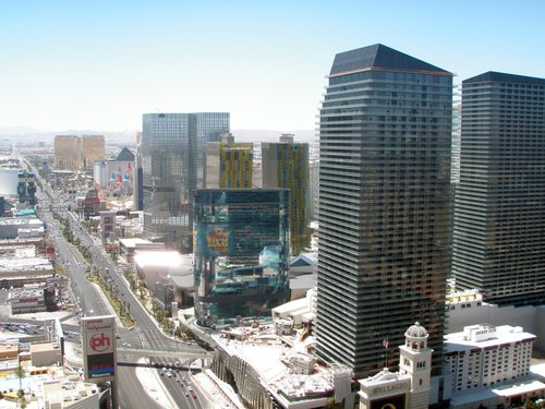 view down the Las Vegas strip from the top of the Paris Hotel