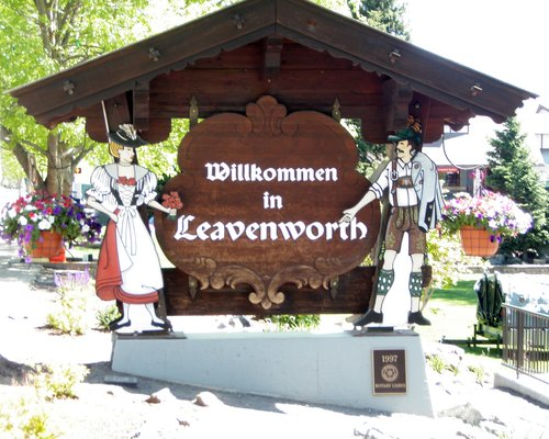 Leavenworth Welcome Sign