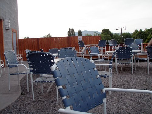 Outdoor seating at Columbia Valley Brewing